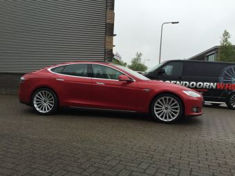 Breedset Tesla S 20 inch Borbet BLX Zilver