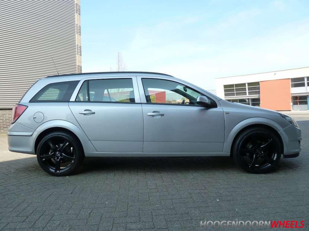 Opel Astra H Gtc 5 Gaats Borbet F 17 Inch Zwart