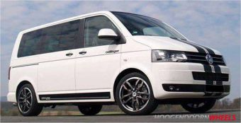 Oettinger Edition 9.0X19 5X120 ET48 NG65,1 Blizzard Grey Polished Lip onder een VW Transporter