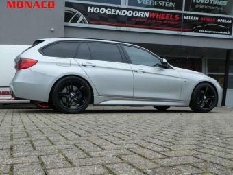 MONACO GP1 BLACK IN 18 INCH GEMONTEERD ONDER EEN BMW 3 SERIE