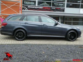 ULTRA WHEELS DEDICATED SPEED ZWART POLL LIP GEMONTEERD IN 19 INCH ONDER EEN MERCEDES E KLASSE