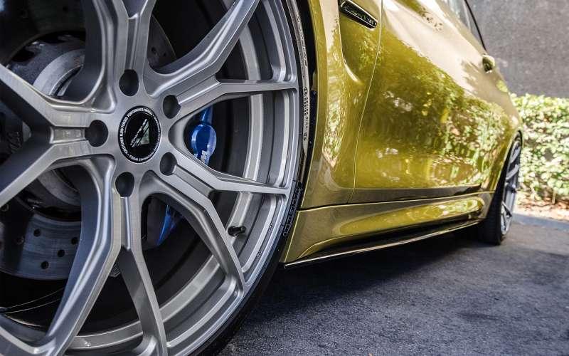 Austin_Yellow_BMW_F82_M4_HOOGENDOORNWHEELS_VELGEN_02