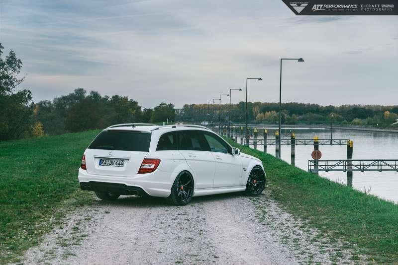 Mercedes_Benz_C63_AMG_Vorsteiner_V_FF_103_Flow_Forged_Wheels_3_HOOGENDOORNWHEELS_ZUIDLAND